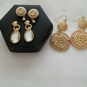 Jewelry - Bundle of 3 earring